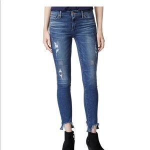 Lucky Brand Ava skinny w/raw edge hems